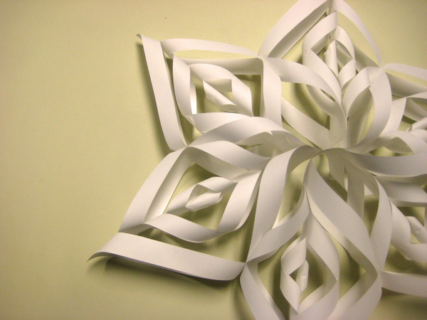 How To Make Paper Christmas Ceiling Decorations : Homemade christmas decorations ? news cut out keep